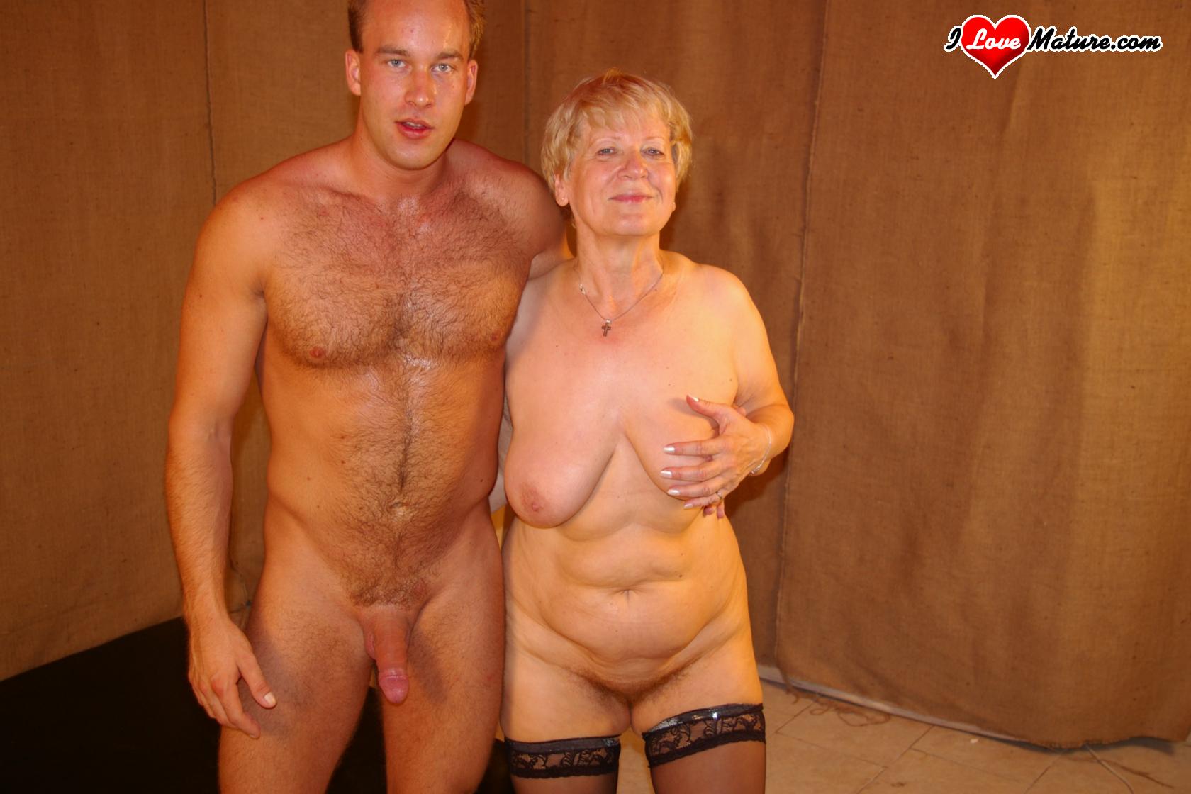 Фотки порно тётек 26 фотография
