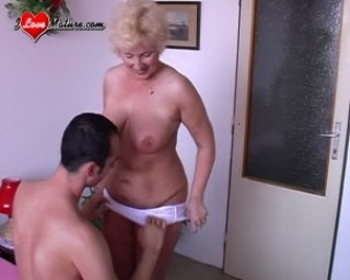 mature pussy loves to be fucked