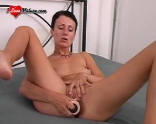 nice mature dildo action