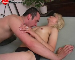 See this blonde mature slut get down and dirty