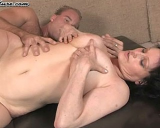 This mature nympho loves the taste of cock