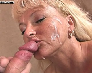 See her blonde mature face filled with cum