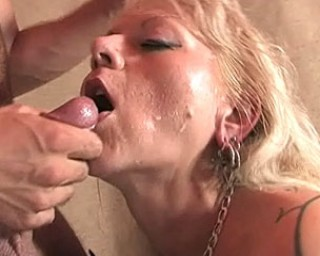 Fill that big mature cunt with cock