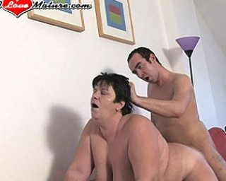 This chubby mature slut gets a good fuck