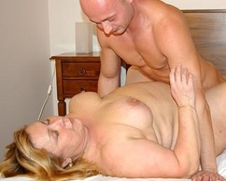 This big mature slut loves getting fucked hard