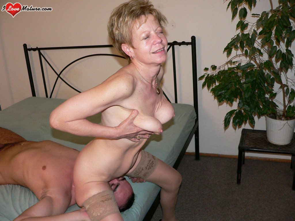 Granny love and sex fucking