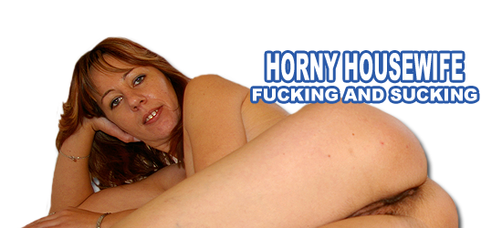 sexy women show their wet pussys