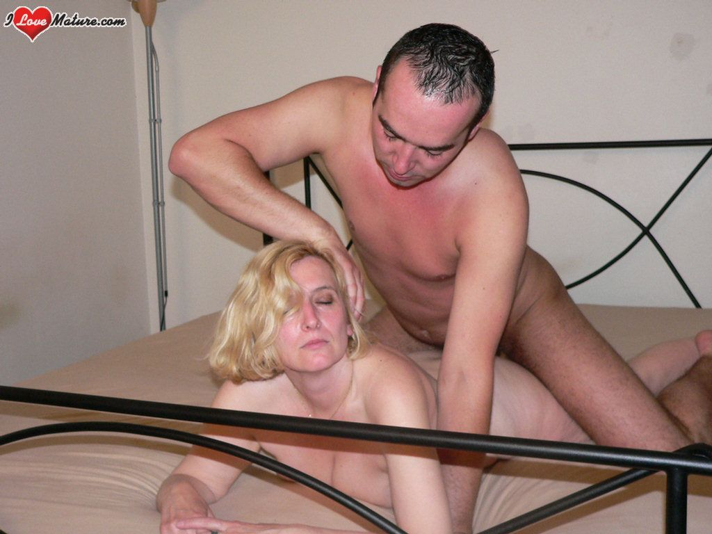 Horny blonde whore gets her ass fucked 10